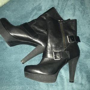 Nine West 9M New No Box Boots Leather Buckle Zip